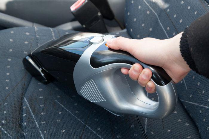 Máy hút bụi cầm tay trên ô tô Lifepro L368-VC