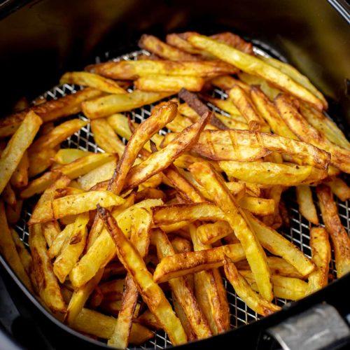 Chiên khoai tây bằng nồi chiên không dầu