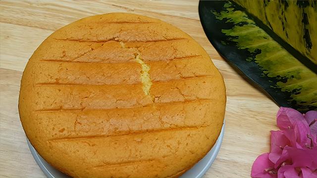 Bánh bông lan làm từ nồi chiên không dầu